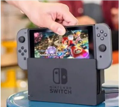 place the Switch console to the host